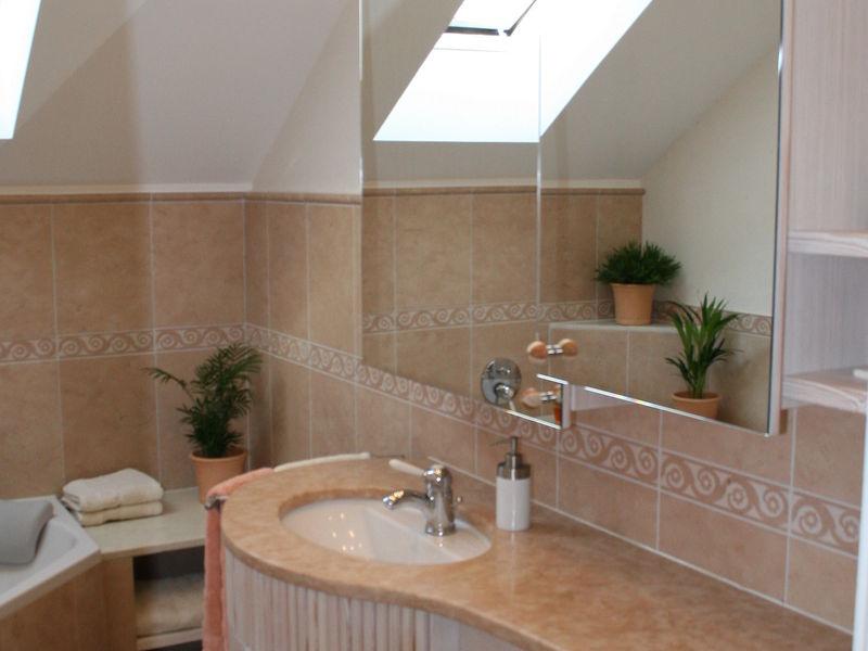 Badezimmer Innenraumplanung und Einrichtung