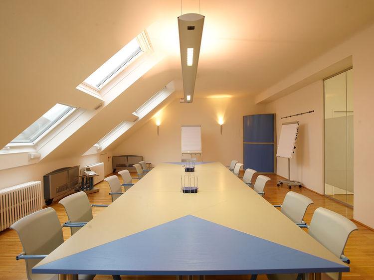 Büroraumgestaltung Besprechungsraum