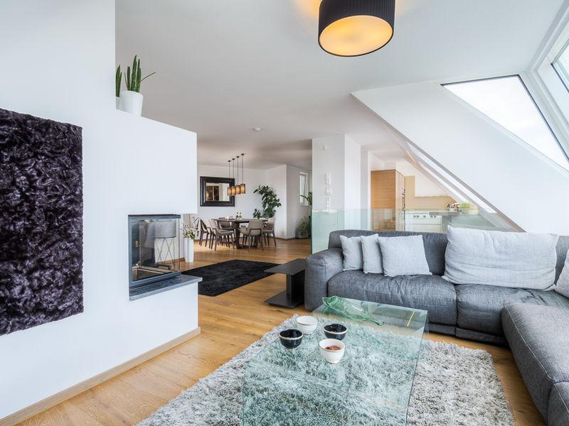 Wohnraum Dachgeschosswohnung Innenarchitektur