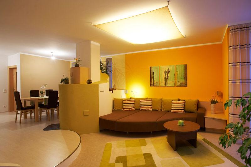 lichtplanung und gestaltung wie setzt man licht richtig ein. Black Bedroom Furniture Sets. Home Design Ideas