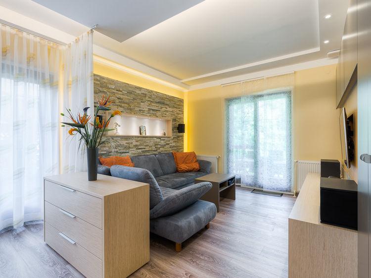 Sanierung Wohnzimmer Couch