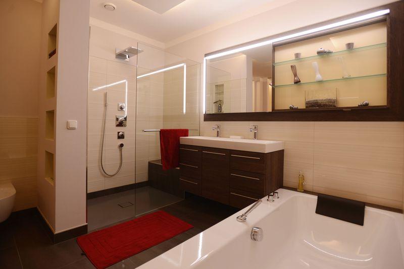 csm Bad Dusche Badewanne web efaed