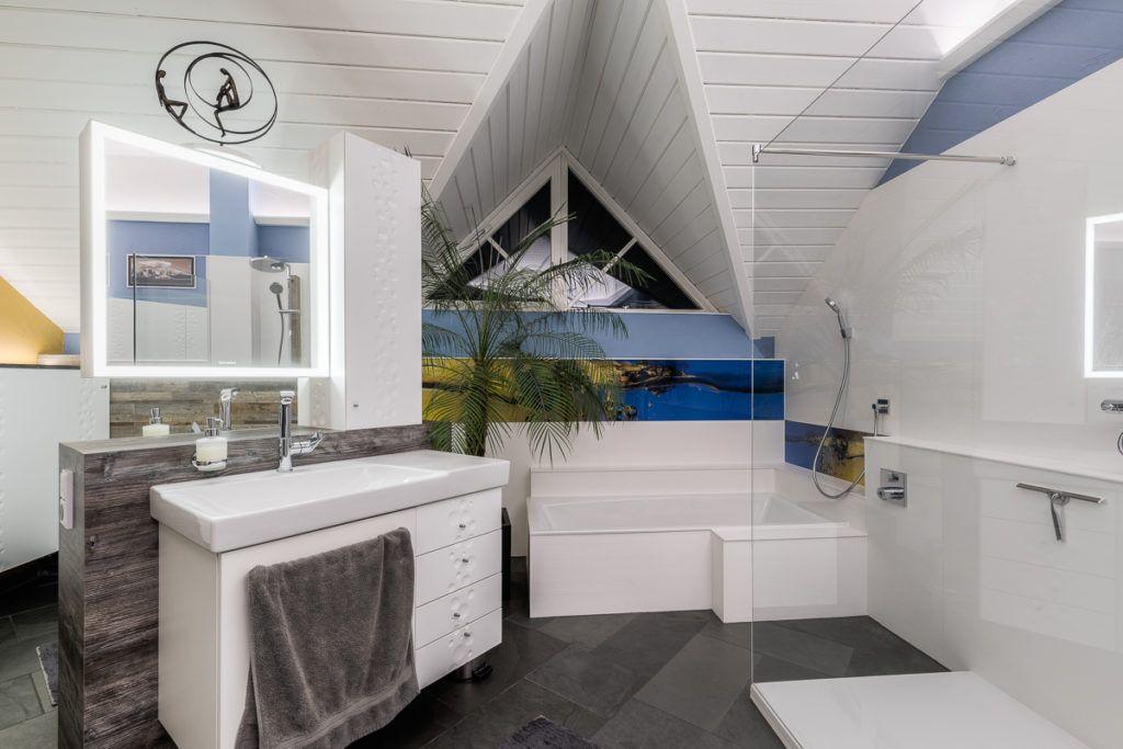 Badezimmer Marchtrenk Sanierung Steiner5 1024x683 - Ein Badezimmer mit Mehrwert -</br>Tipps und Ideen wie Sie Ihr Badezimmer wohnlicher gestalten können