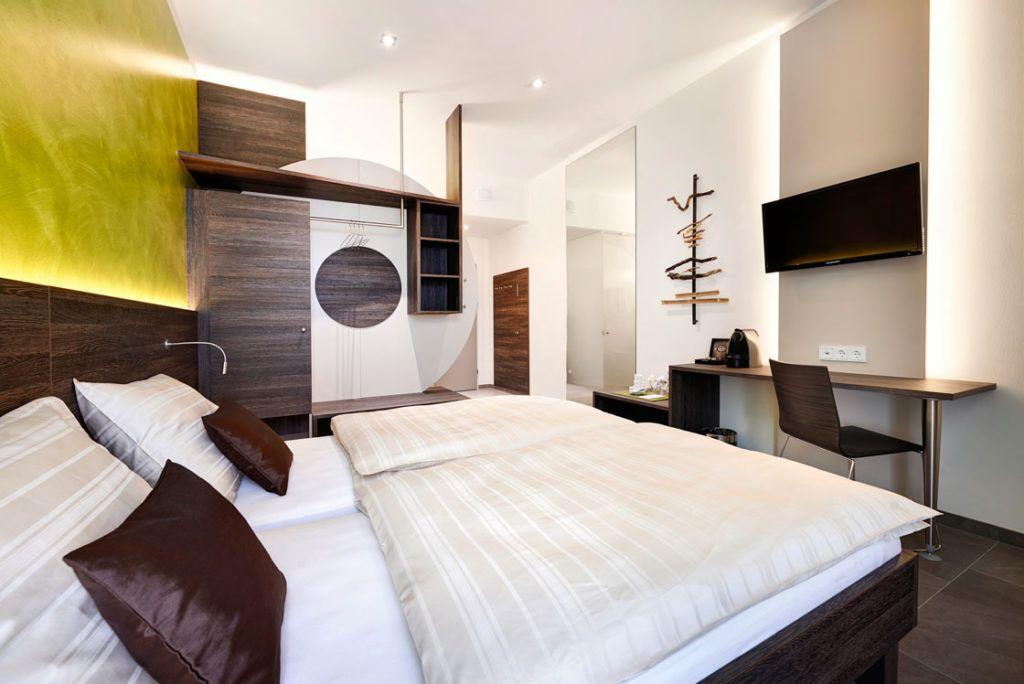 Doppelzimmer marchtrenk innenarchitektur eeeHotel1 1024x684 - Was ist wirklich gute Dekoration?