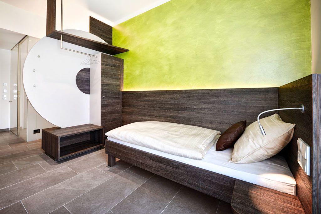 Einzelzimmer marchtrenk innenarchitektur eeeHotel 1024x684 - Hotellerie neu definiert