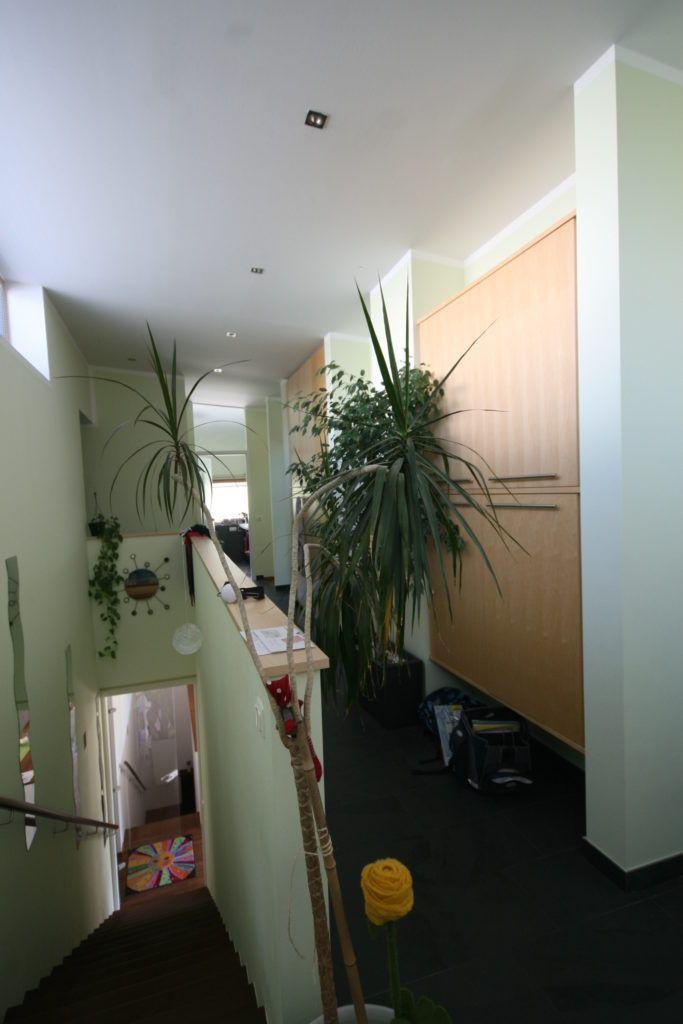 Innenarchitektur Haag Vorher Vorraum2 683x1024 - Haus lieber selber bauen oder fertig kaufen?