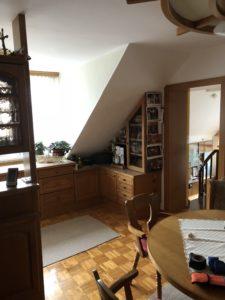 Zuhause Wohlfuelen HorstSteinerInnenarchitektur Küche1 e1591694385579 225x300 - Was braucht es, damit man sich in seinem Zuhause wieder richtig wohlfühlt?