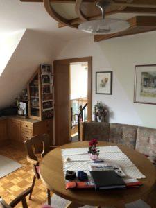 Zuhause Wohlfuelen HorstSteinerInnenarchitektur Küche2 e1591694373283 225x300 - Was braucht es, damit man sich in seinem Zuhause wieder richtig wohlfühlt?