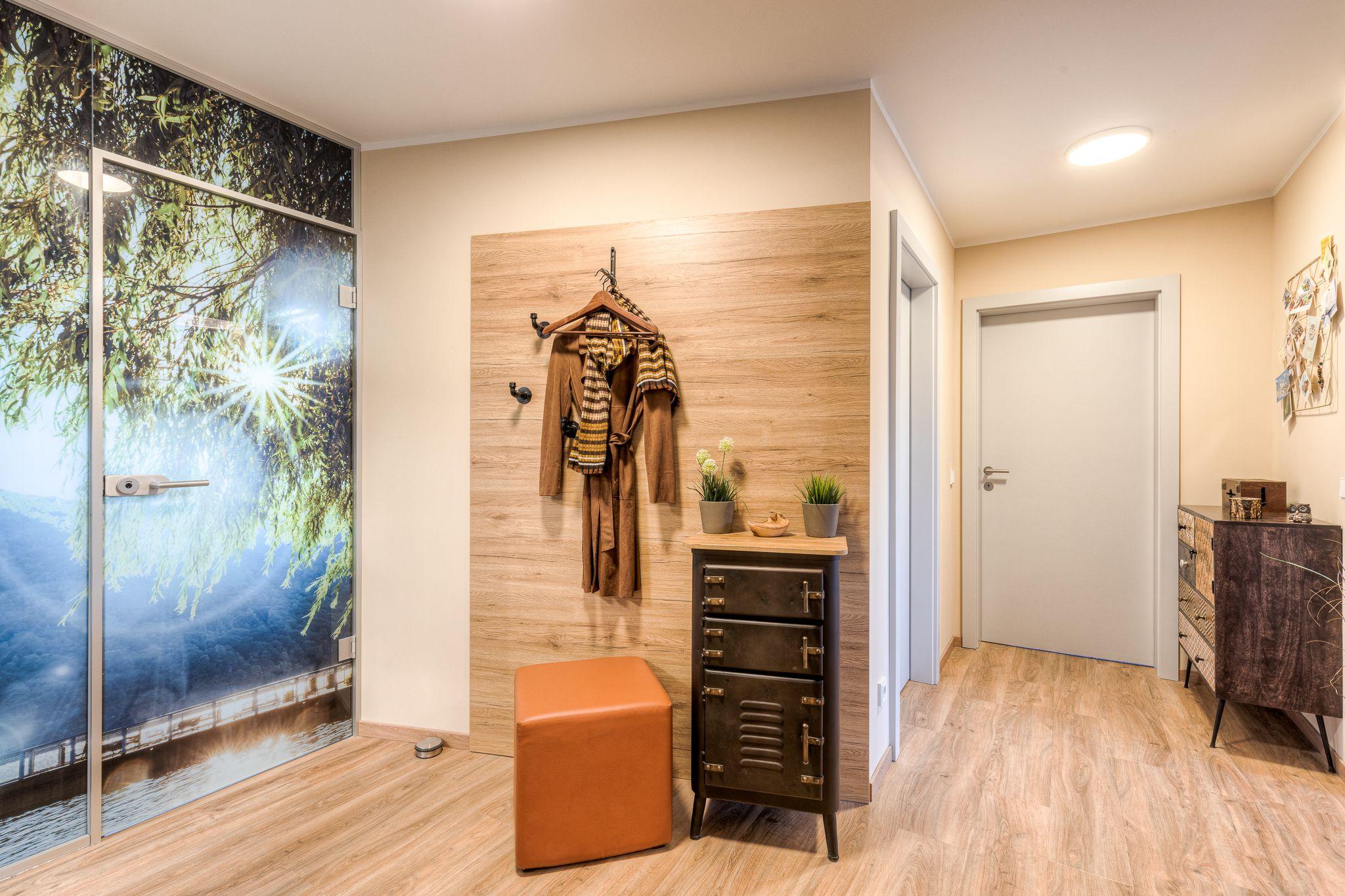 Garderobe altes Haus renovieren Steiner1 - Wie man alten Häusern neues Leben einhaucht