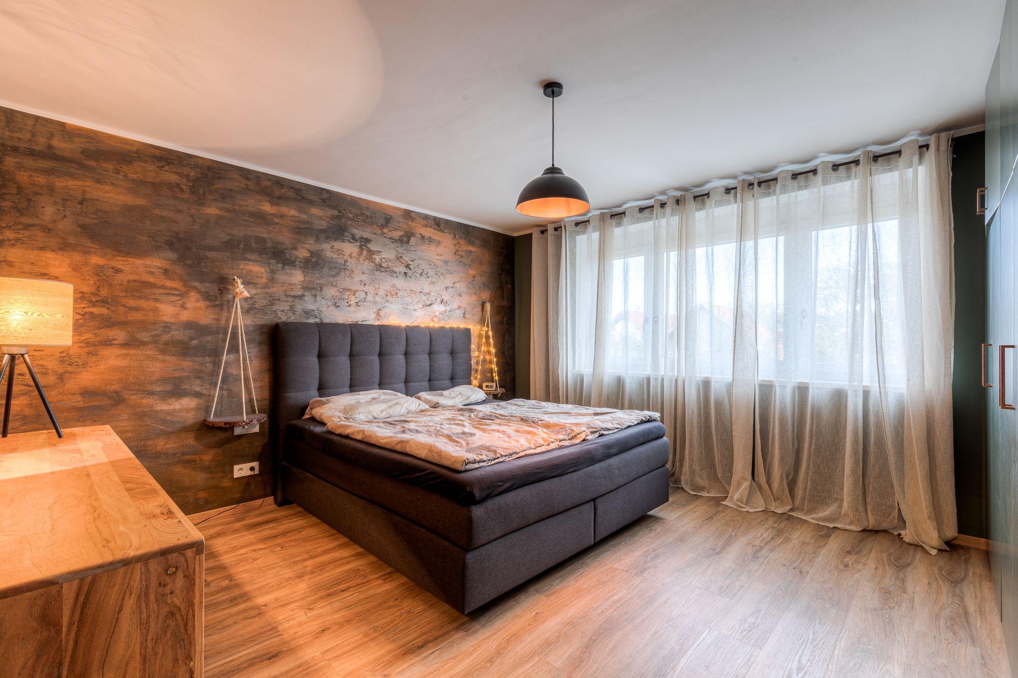 Schlafzimmer altes Haus renovieren Steiner1 - Wie man alten Häusern neues Leben einhaucht