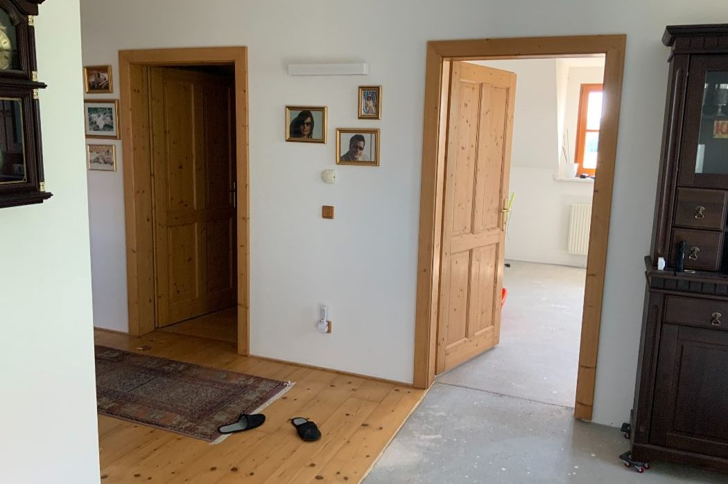 Flur im Obergeschoss vor dem Umbau