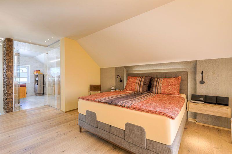 Steiner 06 21 300dpi 004 - Kreativer Dachgeschossausbau mit Hotelfeeling