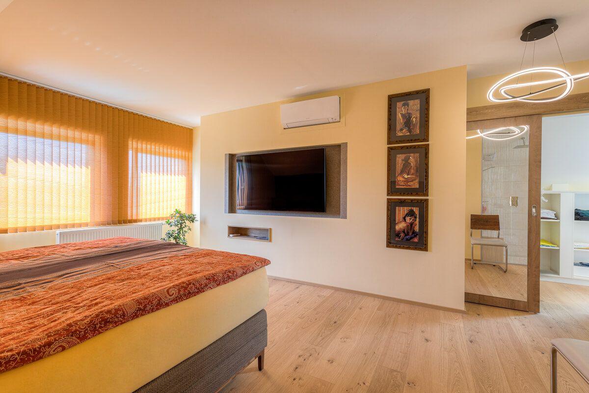 Steiner 06 21 72dpi 005 - Kreativer Dachgeschossausbau mit Hotelfeeling